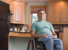 Uitkering voor personen met een handicap en leefloon opnieuw verhoogd