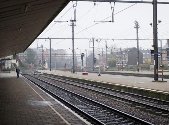 Game of Tracks bij het spoor: de reiziger als burgerslachtoffer in vuile vakbondsoorlog